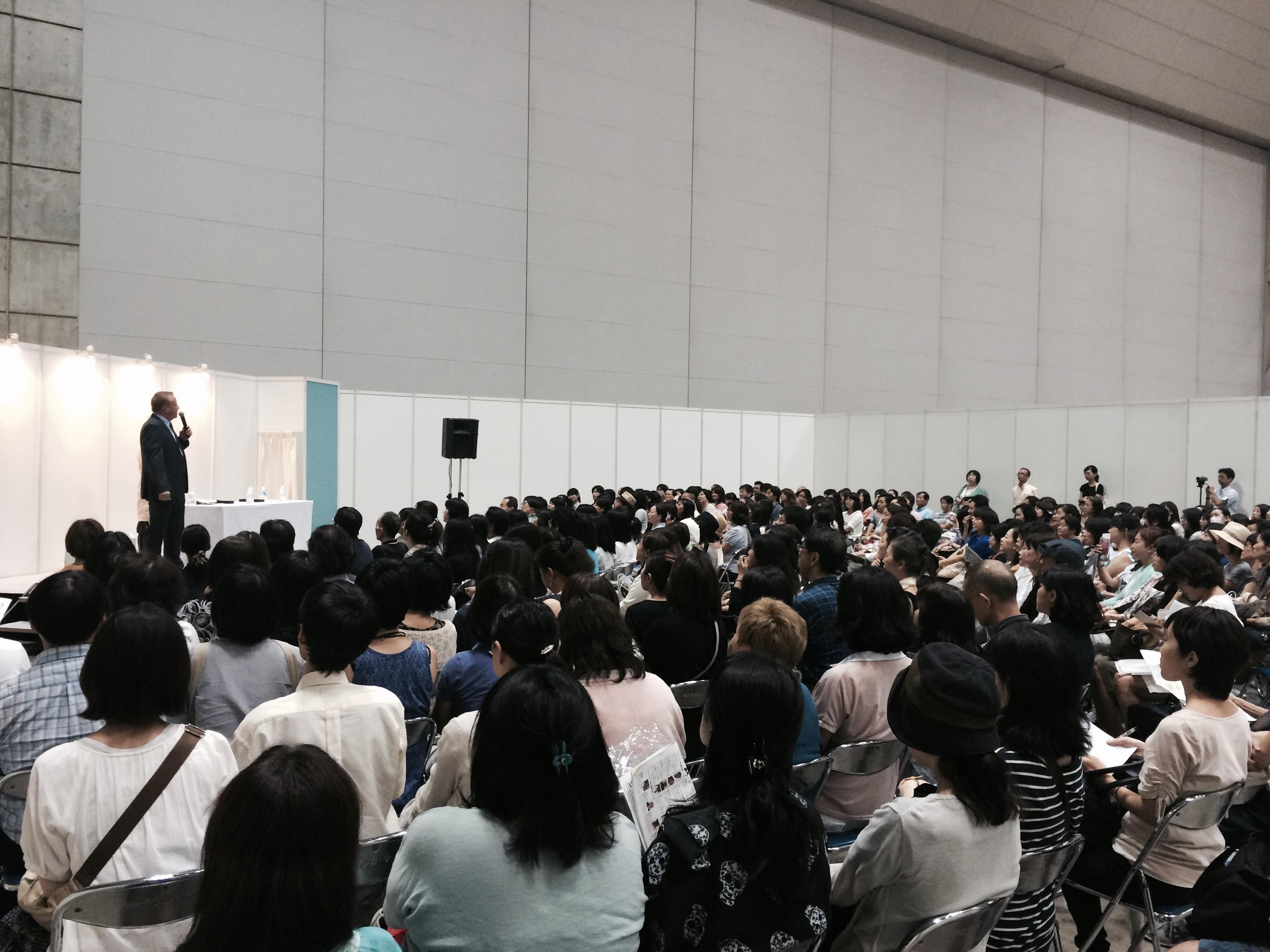 キースビーハン講演会 癒しフェア東京